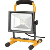 Portable LED Work Light XG816 | Par Equipment